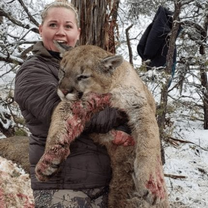 Hunter poses for 'sadistic' selfies after killing mountain lion