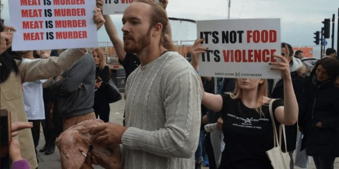 The Protester Who Ate A Raw Pig's Head Outside A Vegan Festival Has Accidentally Turned People Vegan