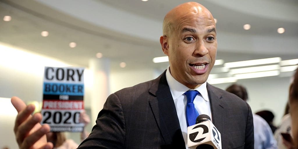 WATCH-Vegan-presidential-candidate-Cory-Booker-gives-passionate-speech-about-factory-farming