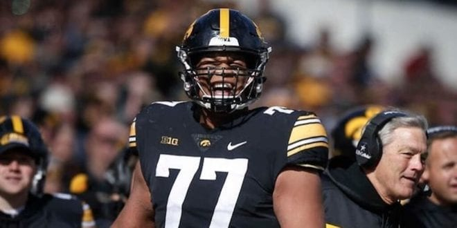 Iowa football star Alaric Jackson is now vegan